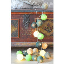 10 kul Deep Forest Cotton Ball Lights