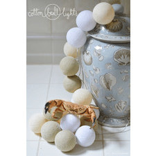 50 kul White Glow Cotton Ball Lights