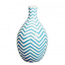 Ceramiczny wazon w niebieskie pasy