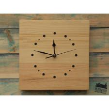 Elegancki zegar z drewna sosnowego rękodzieło