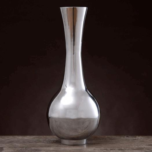 Aluminiowy wazon o klasycznym kształcie - wysokość 45cm
