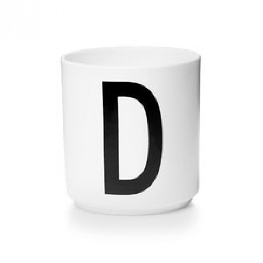 Kubek porcelanowy litera d design letters