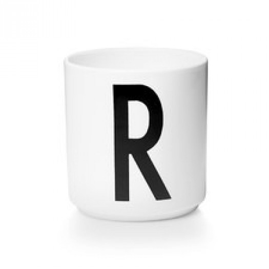 Kubek porcelanowy litera r design letters