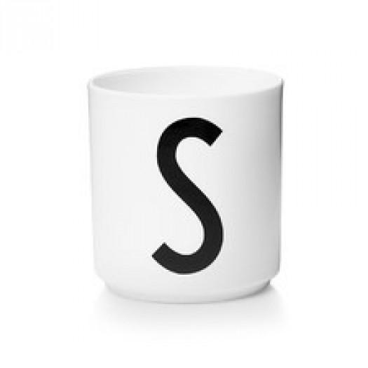 Kubek porcelanowy litera s design letters